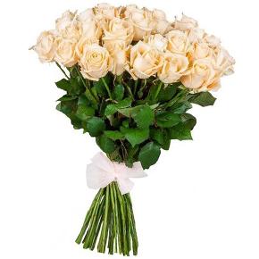 Букет из 25 белых роз 80 см