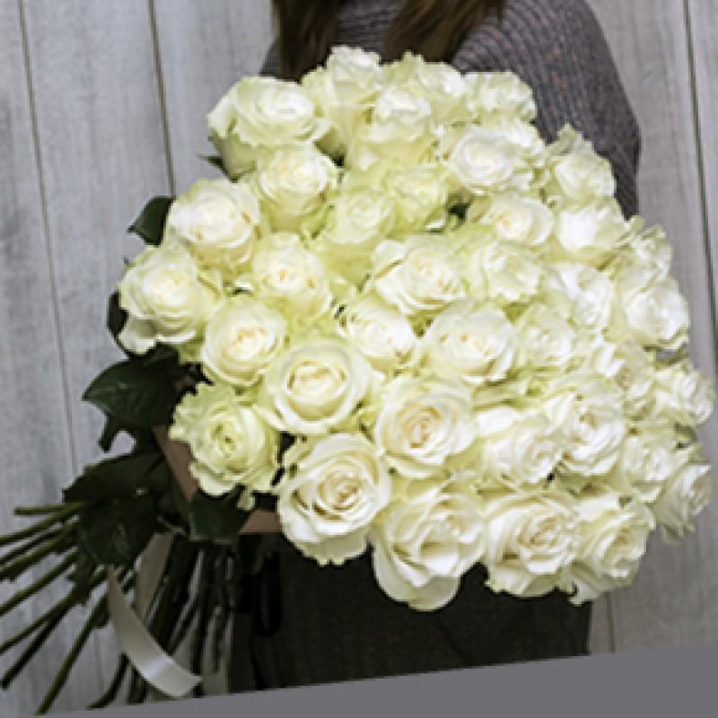 Букет белых роз 51 штука 100 см