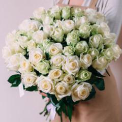 Букет белых роз 51 штука 60 см