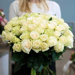 Букет белых роз 51 штука 80 см