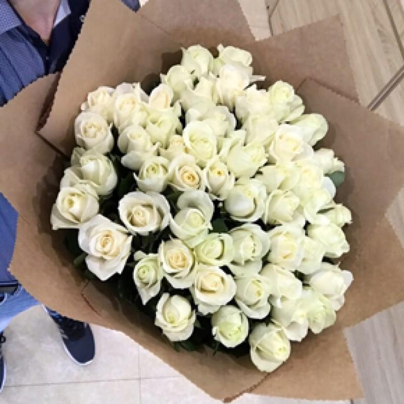 Букет белых роз 51 штука 70 см